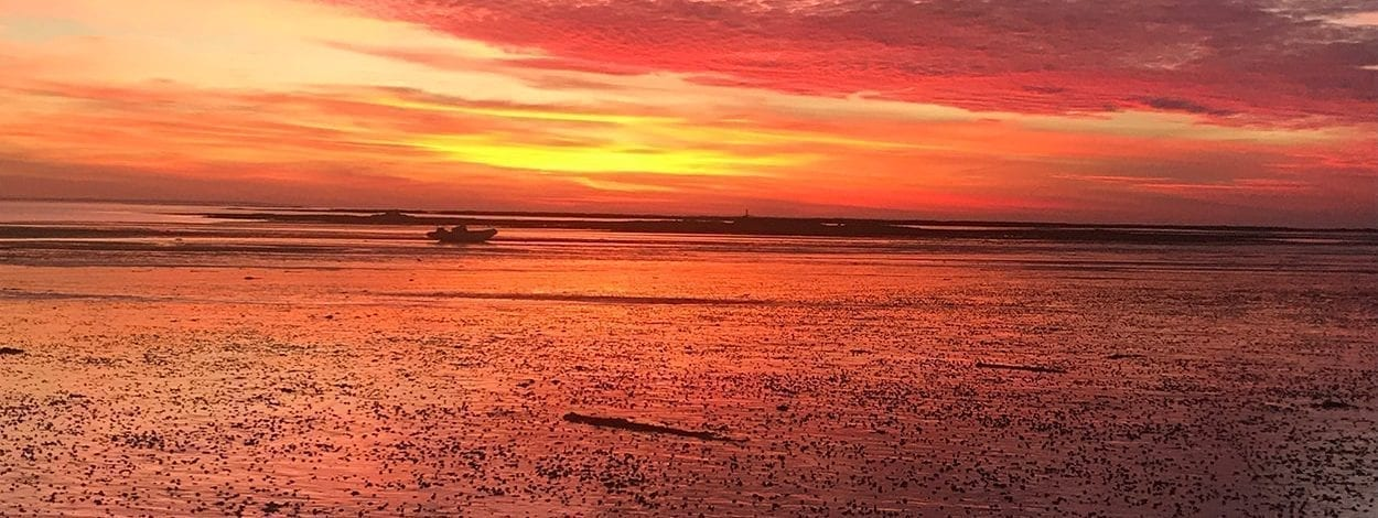 clos-l-abbe-loisirs-mer-sunset-maree-basse-agon-coutainville-normandie